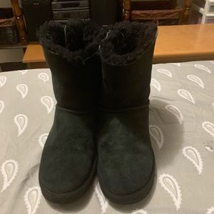 Black Ugg Bailey bow size 8